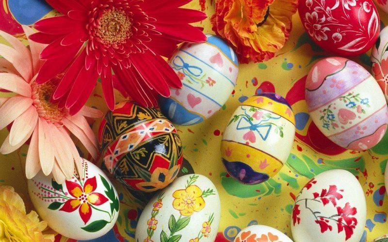 5 semplici idee fai da te per decorare la tavola di pasqua ... - Arredare Casa Per Pasqua