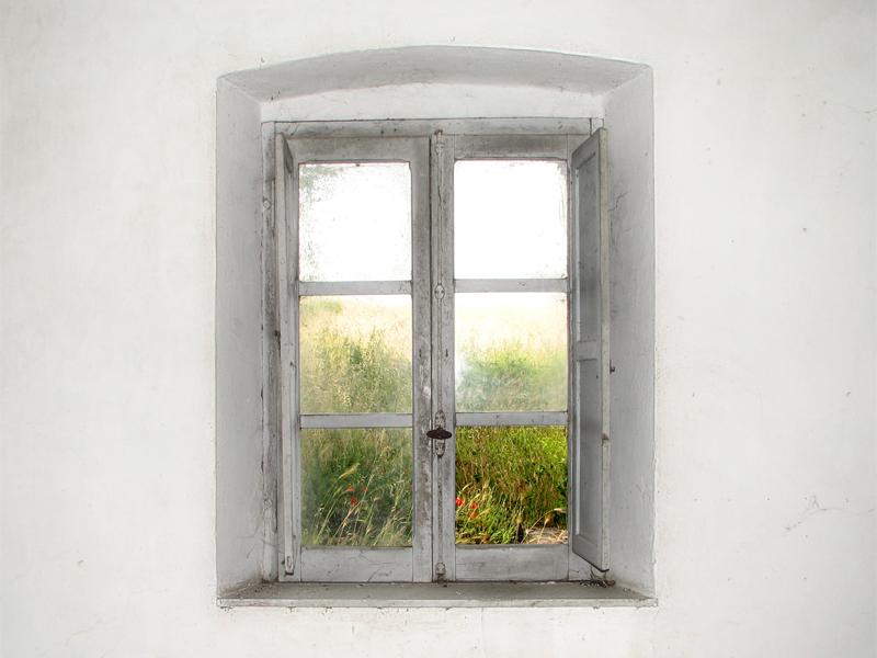 Idee per imbiancare casa pitture per interni con - Aprire finestra muro esterno ...