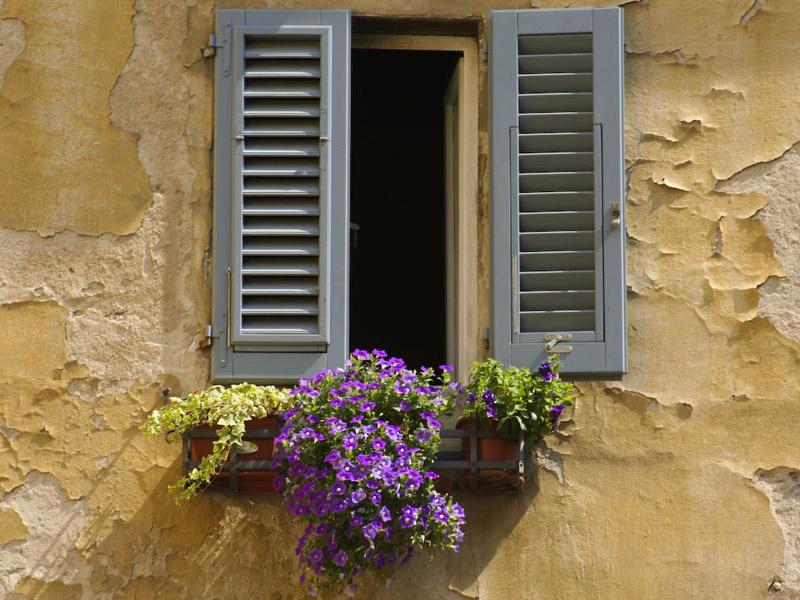 Permessi per aprire una finestra, chiudere un balcone e per ...