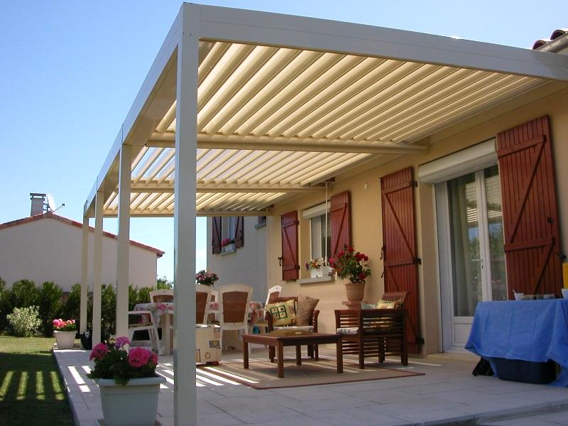 Tutti i permessi per costruire una tettoia tettoia for Permessi per case in legno